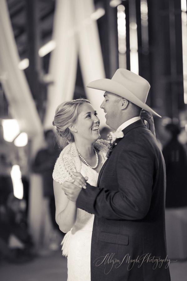 La Cuesta Ranch, San Luis Obispo Wedding, first dance