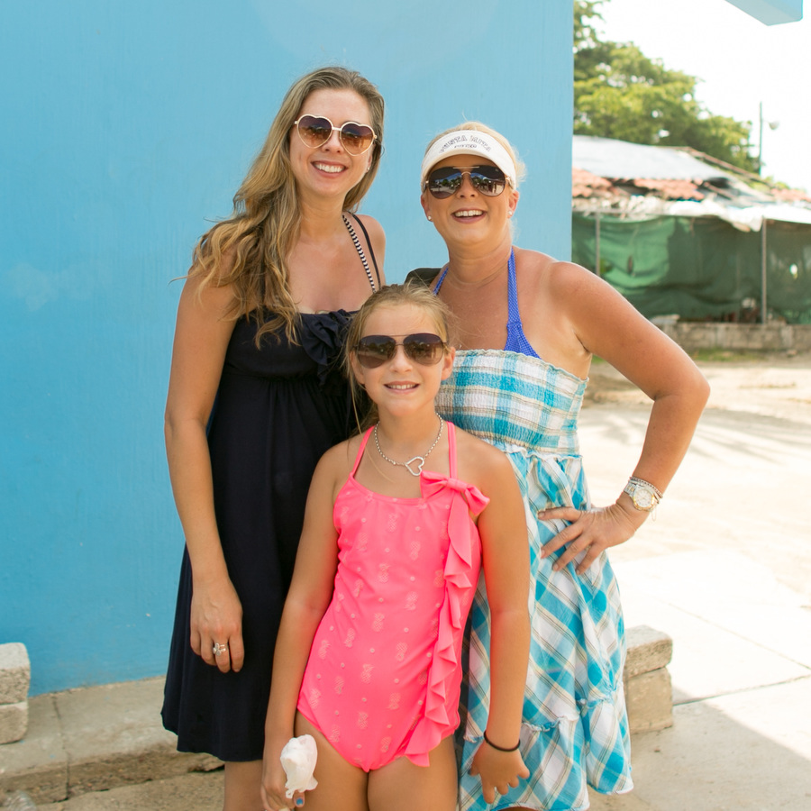 Sissy and Ally Mexico 2014