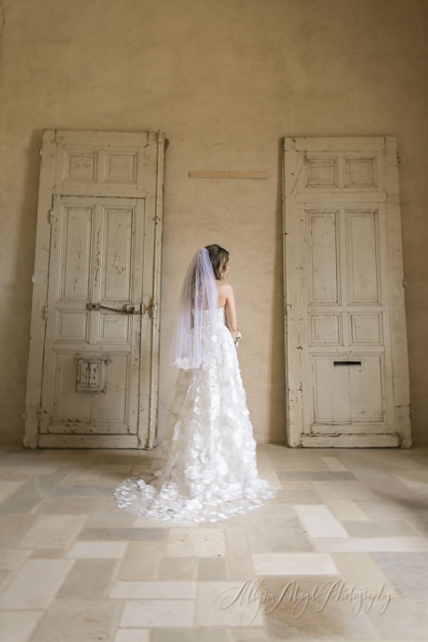 Sunstone-villa-winery-wedding-bride