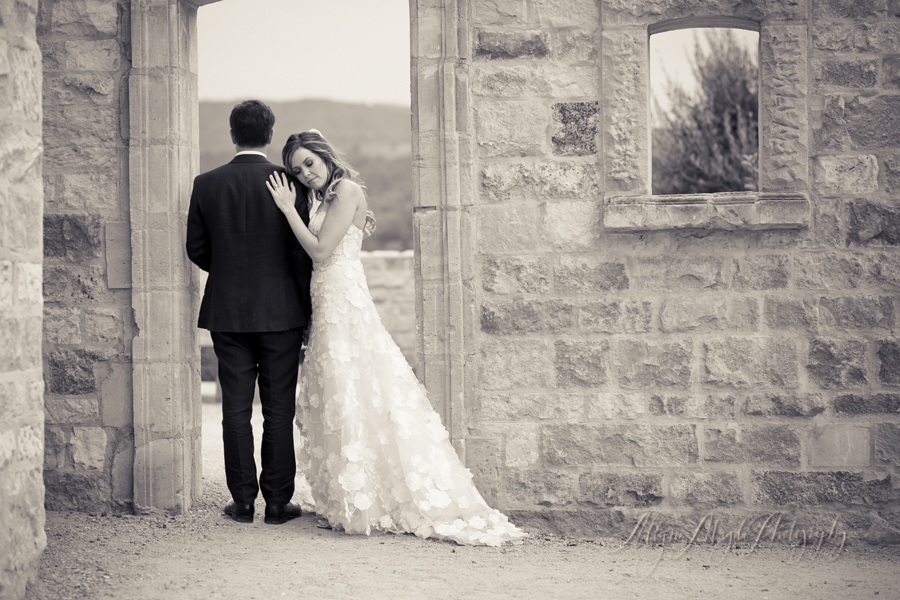 bride-groom-Sunstone-villa-winery-wedding