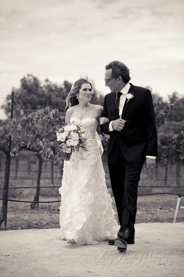 sunstone-winery-villa-wedding_020