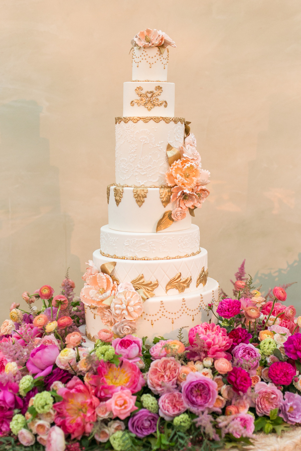 wedding cake by vanilla bake shop