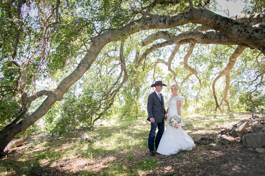 bride and groom halter ranch, paso robles