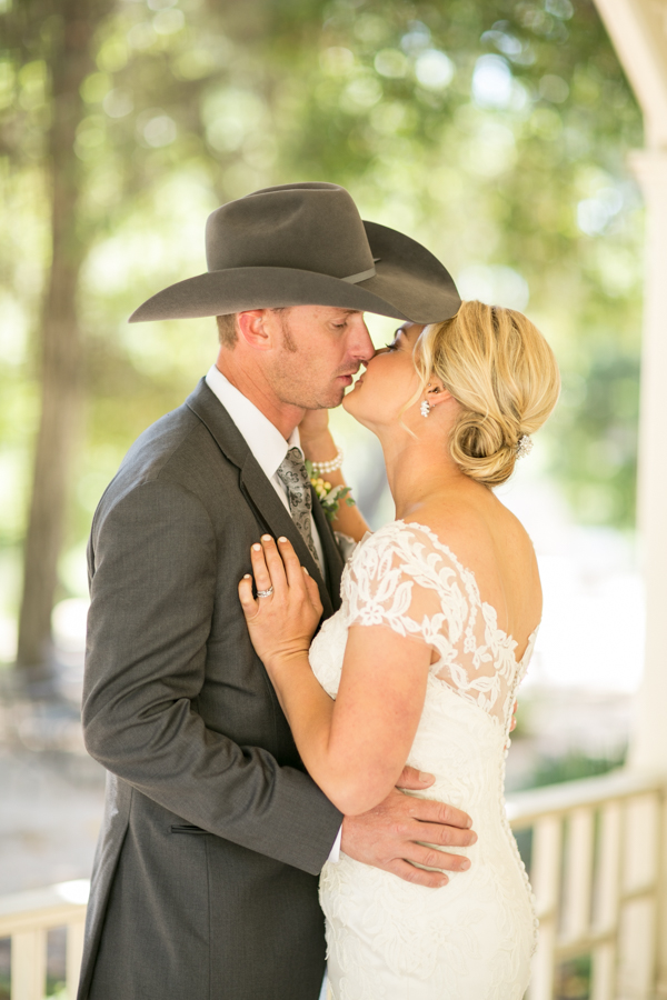 bride and groom at halter ranch winery, paso robles