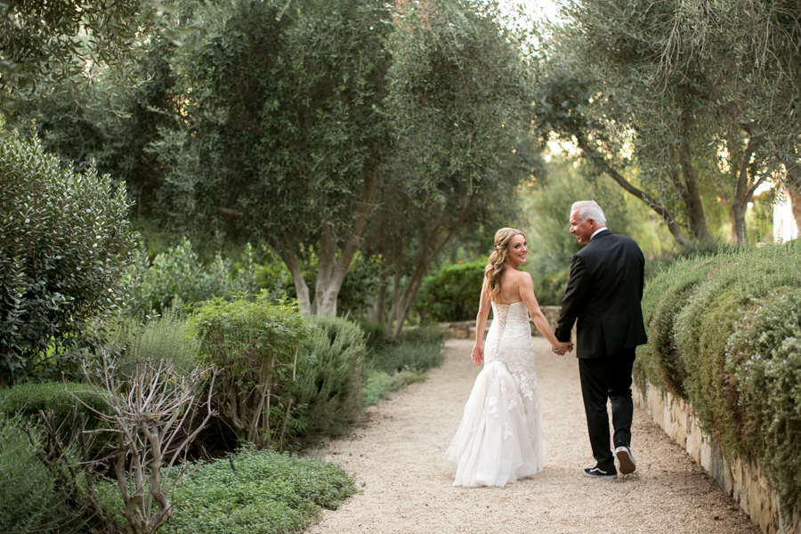 bride and groom at ojai valley inn